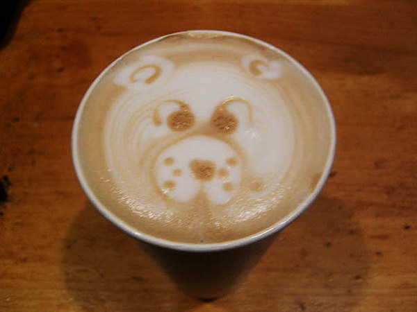 bear coffee art 6