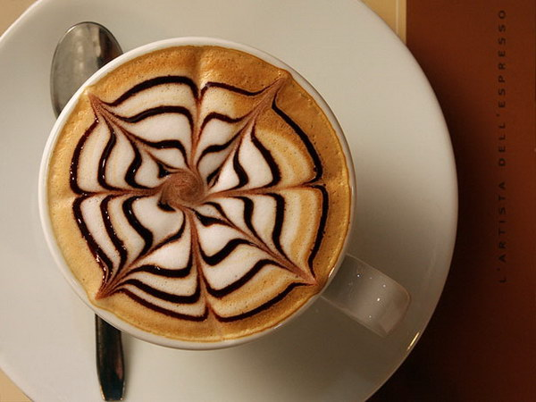 flower coffee art 16