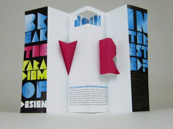 popup brochure design 38