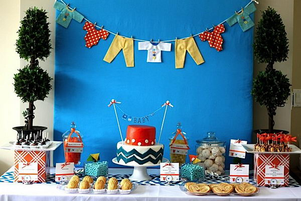 modern-chevron-baby-shower-decor-27
