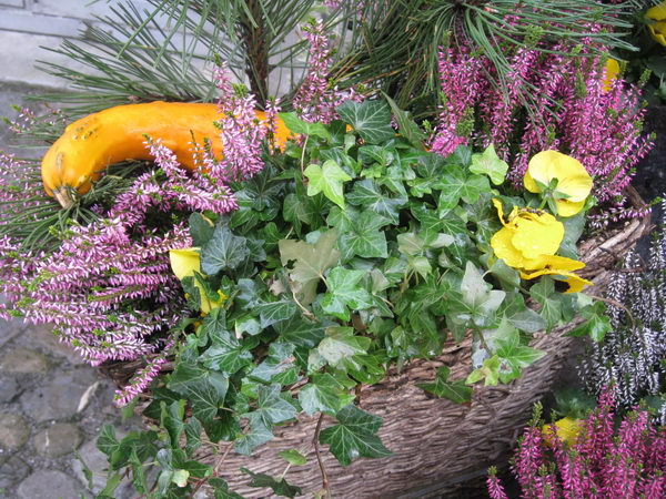 fall flower arrangement heather gourds 19
