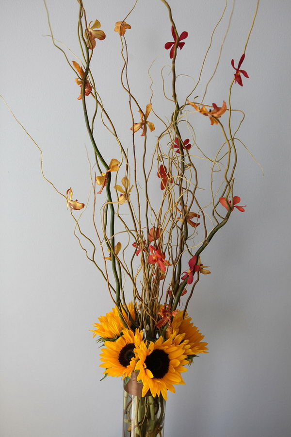 fall wedding flower arrangement 18