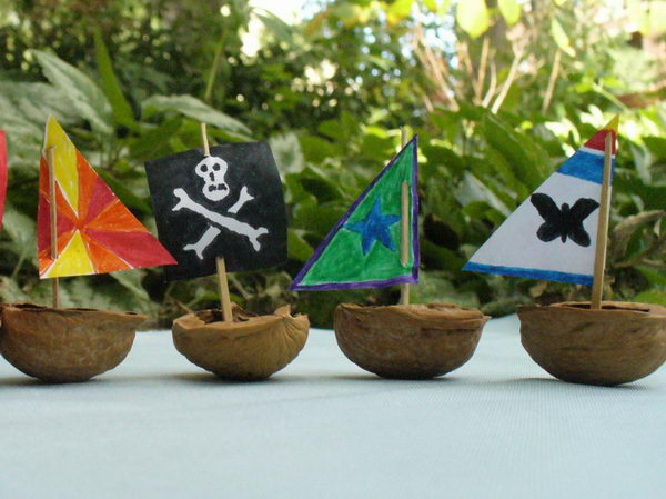 walnut-shell-flotilla-idea-30