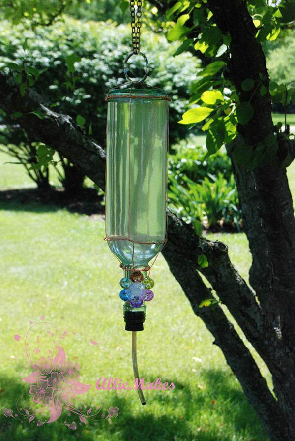 10-hummingbird-feeder