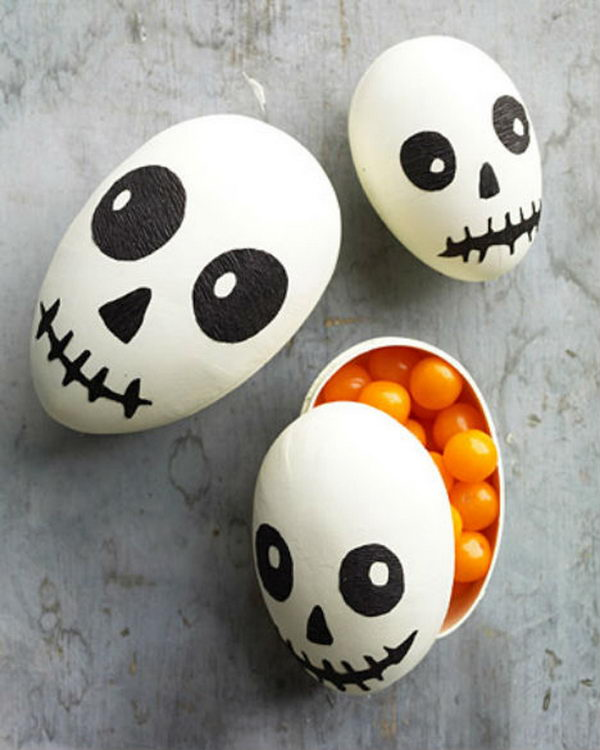 Easter Egg Skull Halloween Treat Box. Mischievous smiles make these skulls more sweet than scary.