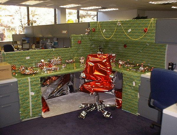 Cubicle Decorations for Christmas.