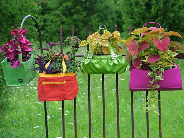 DIY Hanging Purse Garden.