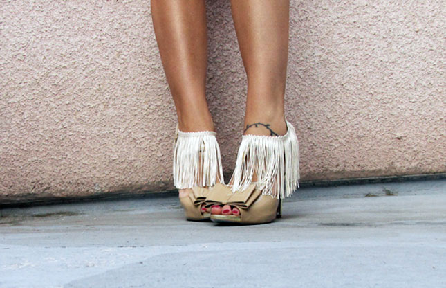Ankle Fringe Decoration.