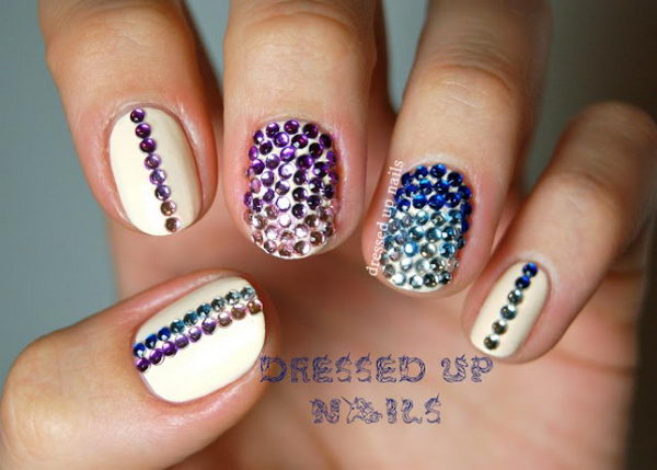 Blinging Rhinestones 3D Nail Art, 3D nail art is a technique for decorating nails that creates three dimensional designs.