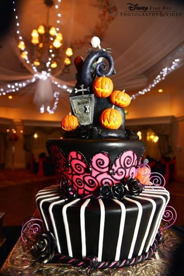15 cool halloween wedding ideas 2017 cool halloween wedding ideas celebrate your love and saying i do on the junglespirit Images