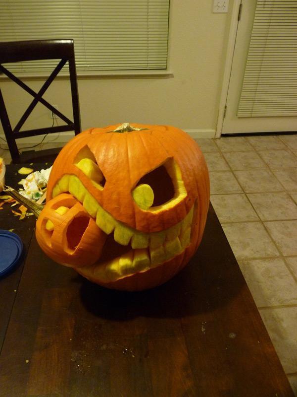 DIY Cannibalistic Pumpkin Carving.