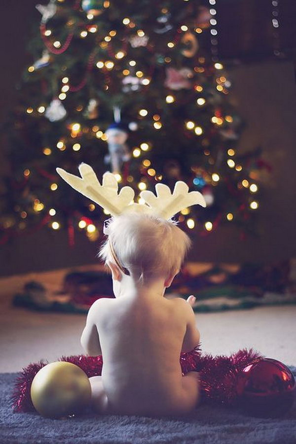Baby's 1st Christmas.