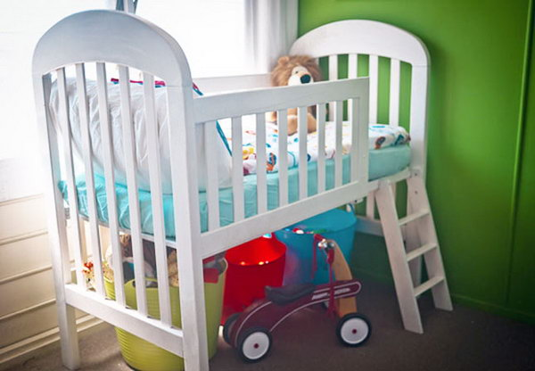 DIY loft toddler bed from crib.