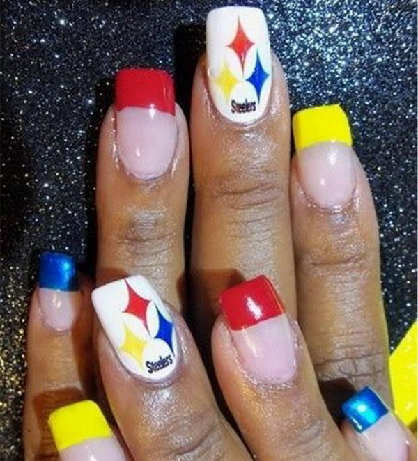 Cool Football Nail Art. A fun way to support your team and show off your team spirit throughout the football season.