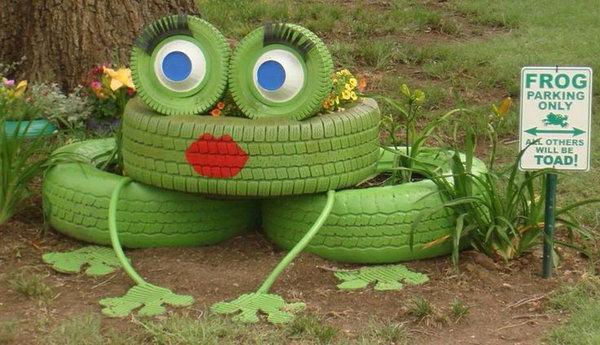 Frog Tire Planter.
