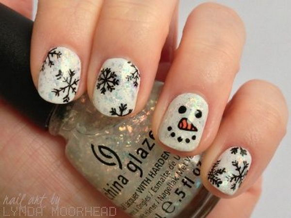 Celebrate The Holiday Season with Christmas Nail Art
