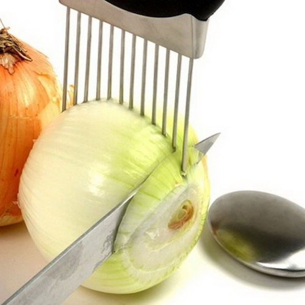 Onion Holder. Now You Donu0027t Have To Worry About Cutting Your Fingers Off
