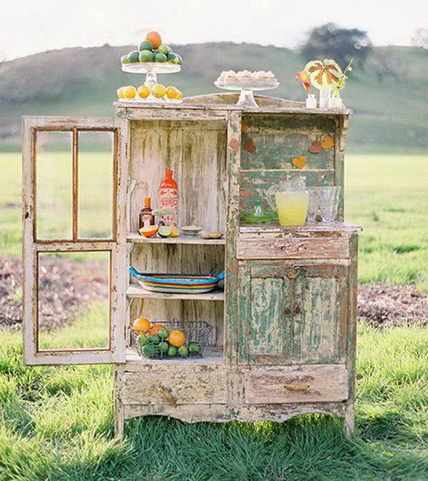 25 creative drink station ideas for your party 2017 for Rustic lemonade stand