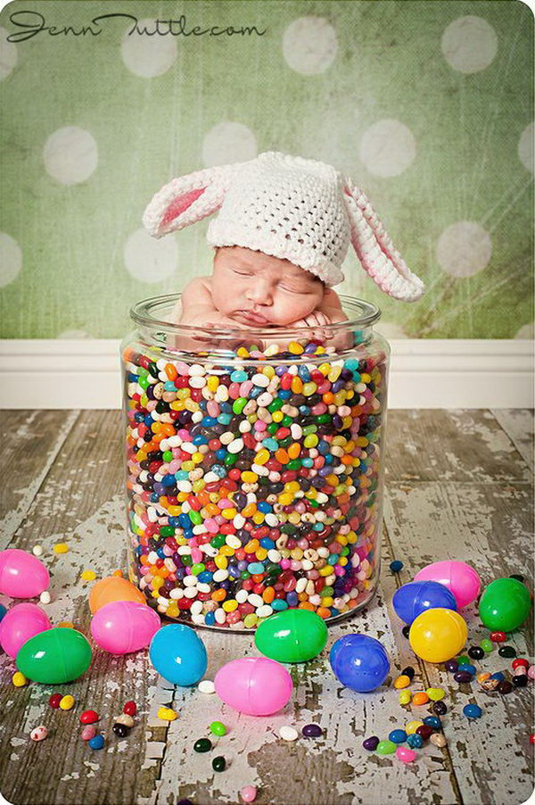 Fun and festive easter photo ideas 2017 baby in jelly beans the infant can sit in this big jar and then filled negle