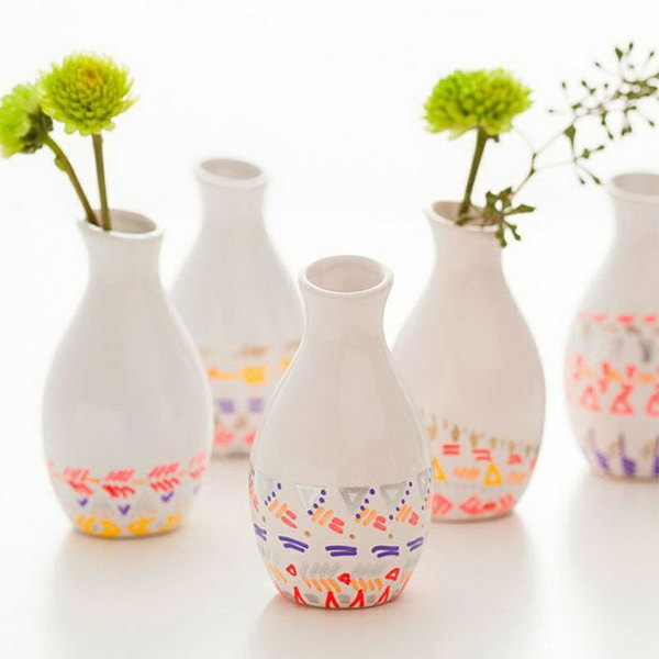 Paint Pen Dipped Vases Kit. These paint pen dipped vases are perfect to spruce up the graduate's room décor. You can add it for beautiful decoration with low cost.