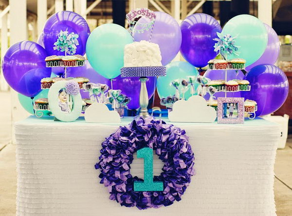 Balloon Party Idea. A party without balloons would be dull and boring. Just imagine a balloon themed party, it's romantic and full of fun. You can choose the color as you like to match the theme of the party.