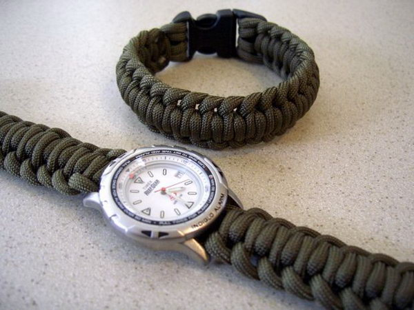 Paracord Watchband for Dad. If you are still scrambling for a last minute DIY Father's day gift idea because your Daddy is always in style.  This would be great for you.  The stylish handsome paracords watchband is easy to make. Learn how to do it step by step here.
