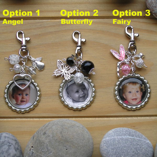 Personalised Photo Keyrings. This easy to do gift can be personalized for anyone. Learn how to do it here.