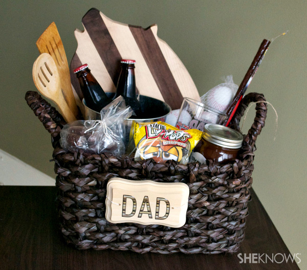 Fun Basket Filled with Gifts for Dad. This quick Father's day gift will surprise Dad with a basket of men-inspired goodies. See the how to here.