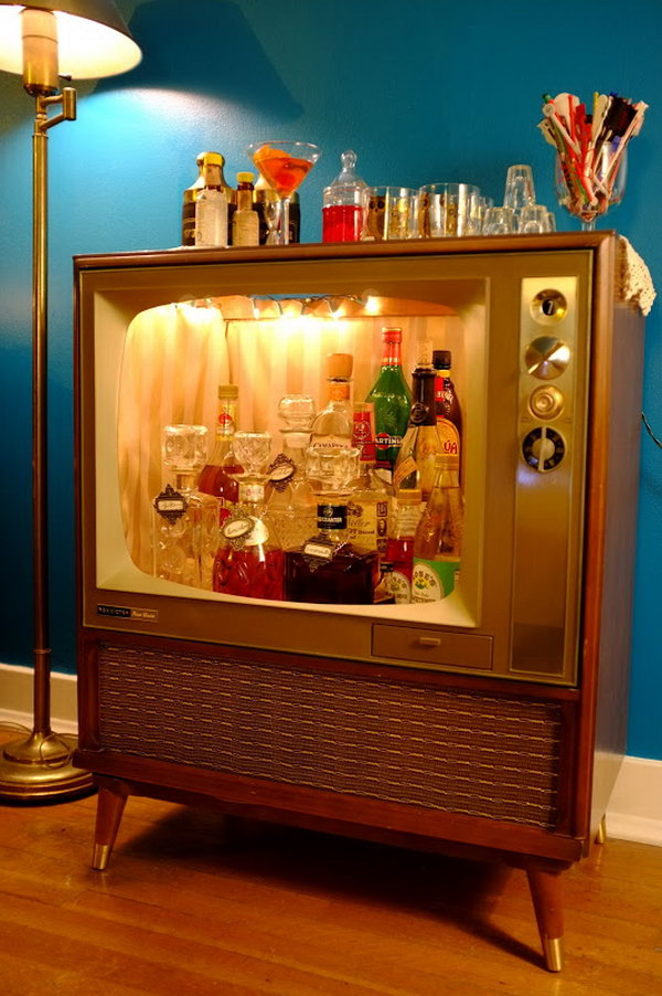 Mini Bar from Old TV. Get the tutorial