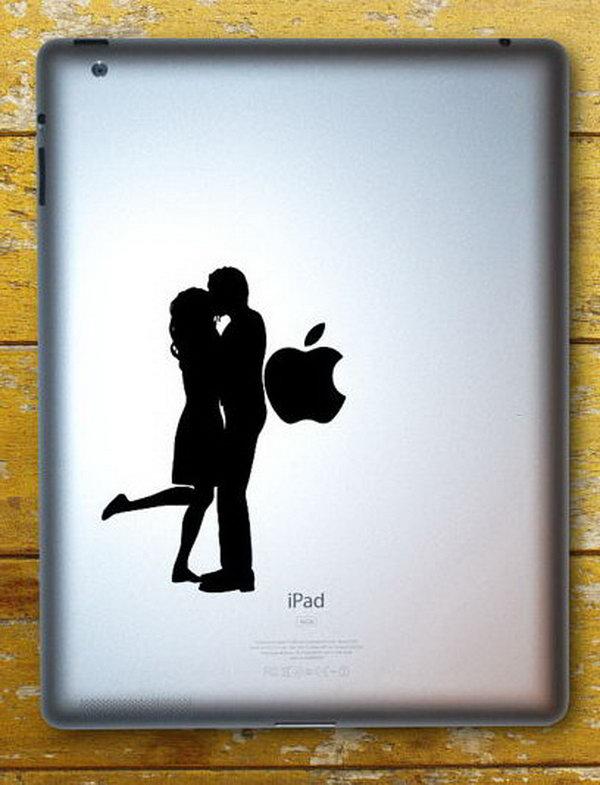 Couple kissing engraving ideas.