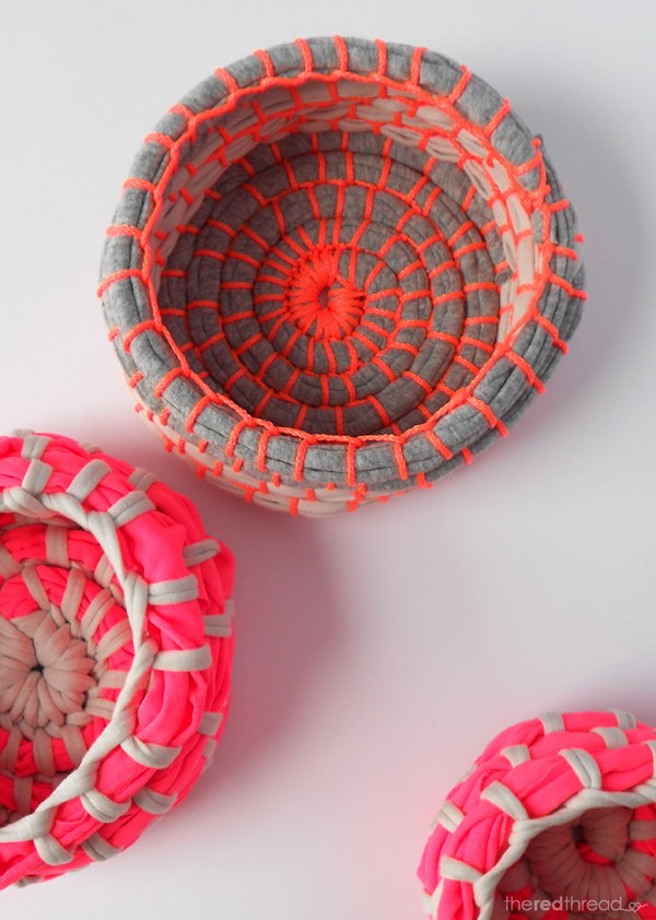 DIY Neon Coil Bowls. With little imagination,  these eye catching neon bowels are made from the old and unwanted T shirt.You can put them on your desk or shelf to hold some small items.
