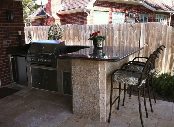 All materials of this outdoor kitchen are with high durability, which is practically zero maintenance. A smart outdoor kitchen connects to the house.