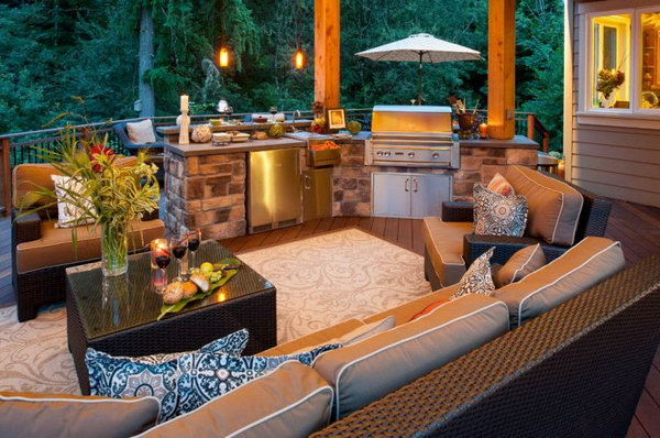 This luxurious and gorgeous outdoor kitchen add a cozy style to the comfortable living room.
