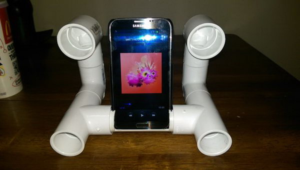 Smart PVC Pipes iPhone Amplifier: You can buy expensive speakers to plug the iPhone into, sure, but to make one like this will save you a lot of money. And it looks very cool. See the tutorial