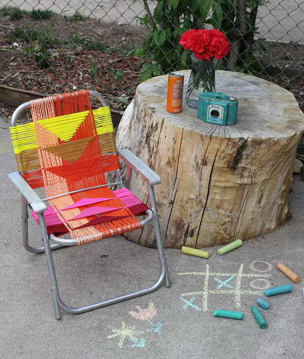 Use Paracord in Varying Colors to Makeover Aluminum Chairs