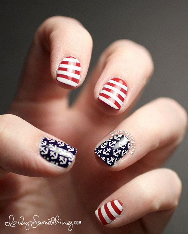 Patriotic Anchors and Stripes Short Nails: These very simple to recreate nails use the classic nautical symbols embodying the anchors and stripes can also be looking American-themed. And they look very clean and cute.