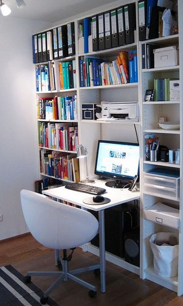 15 diy computer desks tutorials for your home office 2017. Black Bedroom Furniture Sets. Home Design Ideas