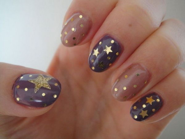 Gold Star Nails. This is all sorts of perfect! I love it, so clever! :)