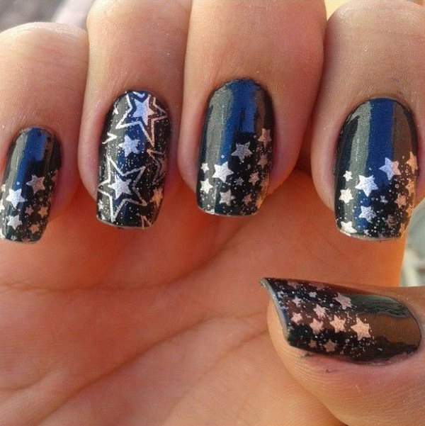 Deep Blue Star Nails. This is all sorts of perfect! I love it, so clever! :)