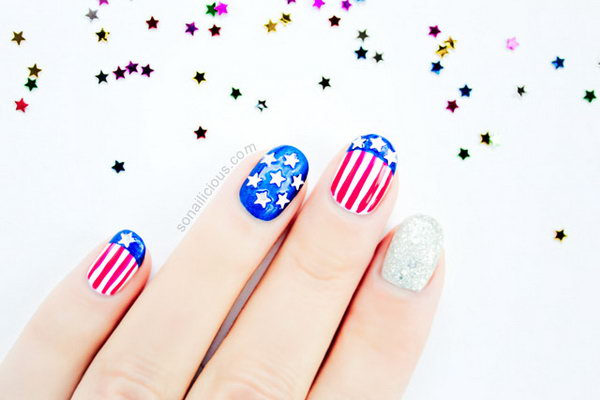 4th of July Nail Art. This is all sorts of perfect! I love it, so clever! :)