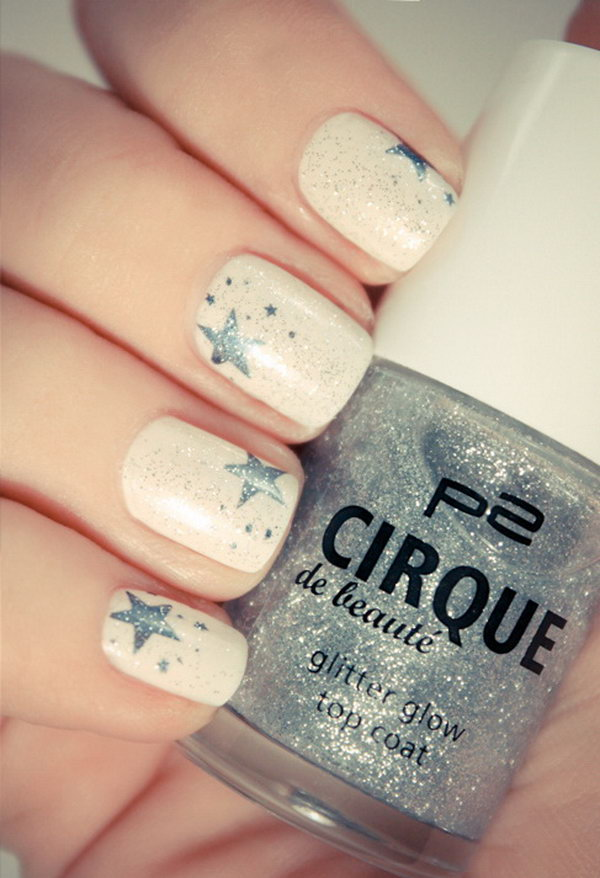 Beige Nails with Gray Stars - 50+ Cool Star Nail Art Designs With Lots Of Tutorials And Ideas 2017