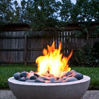 How to DIY a Fire Pit for Your Backyard:  Ideas and Tutorials