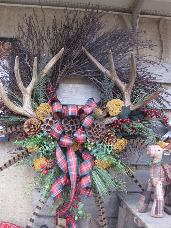 1 holiday wreath with antlers