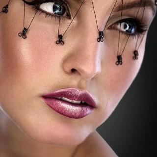 20 Cool Halloween Eye Makeup Ideas
