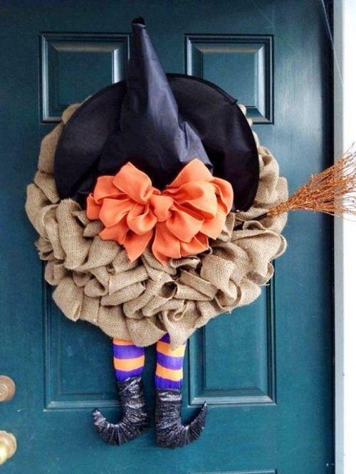 DIY Halloween Burlap Witch Hat Wreath.  Video tutorial