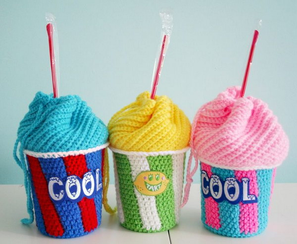 Slushee Cup Drawstring Bag. This slushee cup drawstring bag is fun to make and perfect for you to throw in your phone, keys and sunnies. Get the free pattern and tutorial via