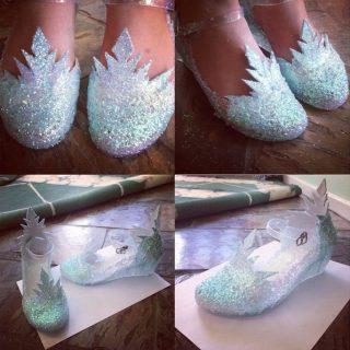 37 DIY Disney Frozen Inspired Crafts