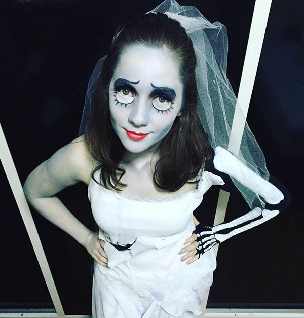 Corpse Bride Halloween Costume.