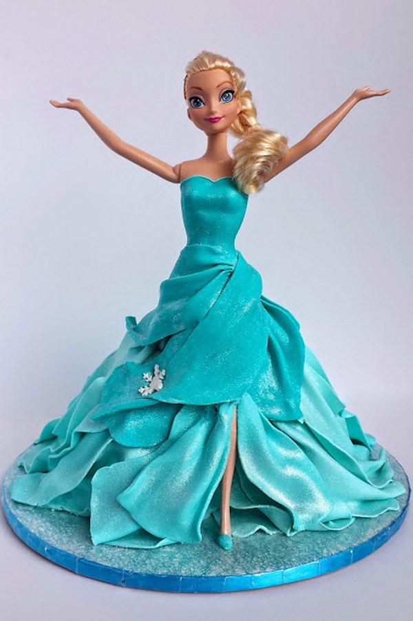 DIY Frozen Themed Elsa Cake.