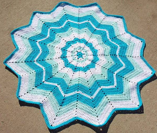 Easy Crocheted Doilies.